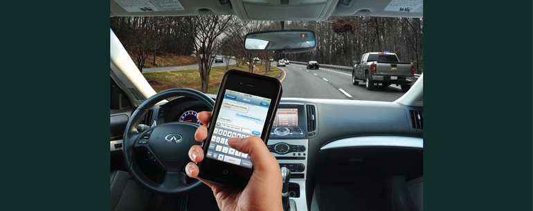 Cellphones and Distracted Driving Cause Car Accidents